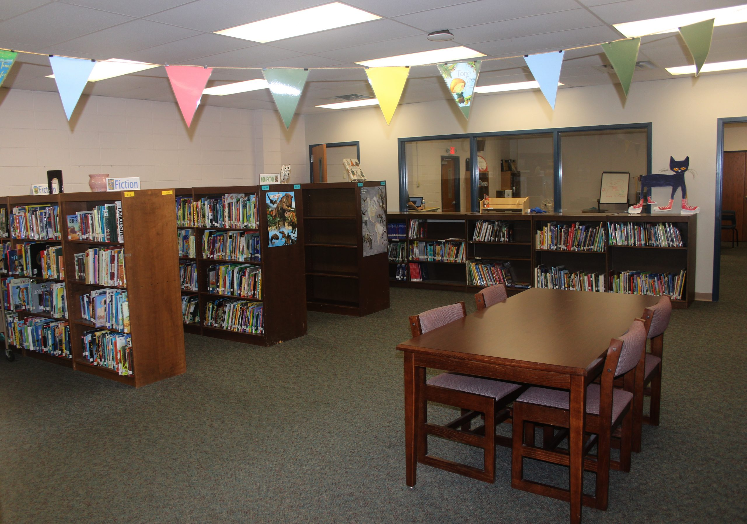Library with New Technology Room